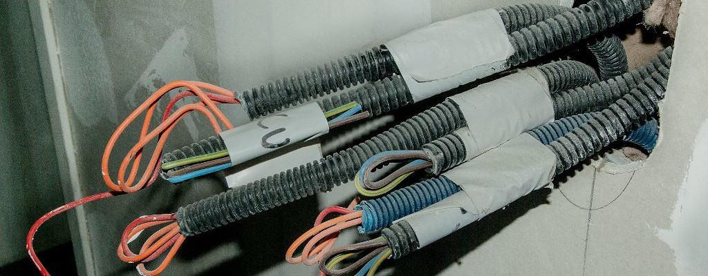 Υπηρεσίες Bavelec - Ηλεκτρολογικές Εγκαταστάσεις